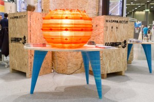 3D printing in action - table and lamp made from 3D printing